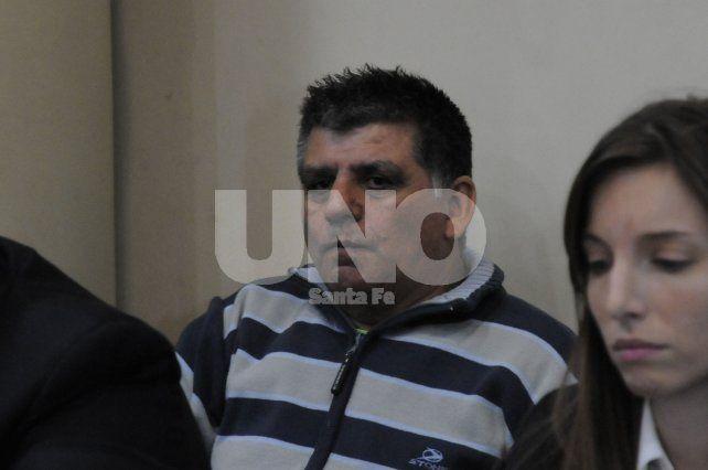 Detenido. El empresario y dirigente deportivo llegó esposado esta mañana al tribunal ya que permanece alojado en la cárcel de Coronda desde 2016.