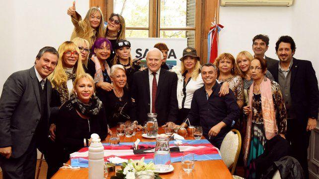 Lifschitz entregó el primer reconocimiento de reparación histórica a una mujer trans sobreviviente de la última dictadura