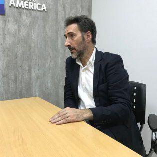 En Santa Fe. El diputado Juan Carlos Villalonga visitó la redacción de UNO Santa Fe para explicar los alcances de la ley de generación distribuida de energía.