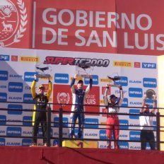 Mendoza copó el Súper TC2000 en San Luis