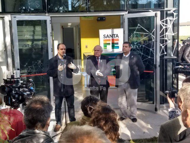 Corral se refirió al convenio con la EPE luego de la inauguración del nuevo edificio TICs. Lifschitz no habló luego del acto