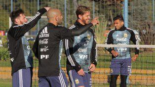 Leo Messi cumplió su primer entrenamiento con la Selección en Ezeiza