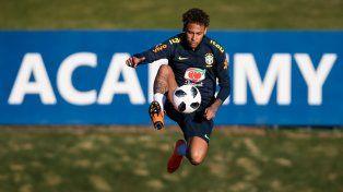 Sorpresa en el entrenamiento de Brasil