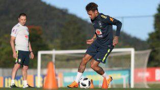 Neymar se recupera a un ritmo superior a las expectativas