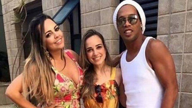 ¿Quiénes son las mujeres que se casarán con Ronaldinho?