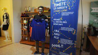 por amor a la camiseta, una iniciativa para ayudar a los pequenos futbolistas