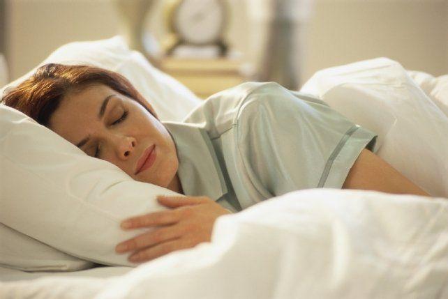 Dormir la siesta los fines de semana y sus beneficios