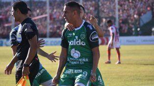 Sarmiento sacó la primera ventaja en la final por el ascenso