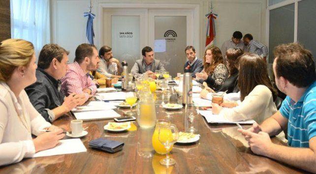 Reunión por las tarifas: para la oposición falta información; el oficialismo apuntó a la EPE