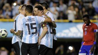 Festival de Argentina con tres de Messi y uno de Agüero para golear a Haití
