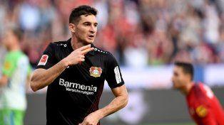 El Bayer Leverkusen presiona para cobrar el pase de Lucas Alario