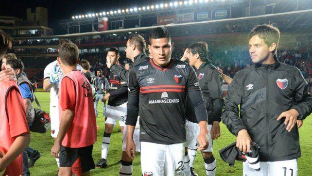 El delantero internacional que estará en la pretemporada de Colón