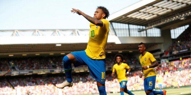 Con un golazo de Neymar Brasil superó a Croacia 2 a 0
