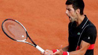 Djokovic superó a Verdasco y se instaló en cuartos de final de Roland Garros