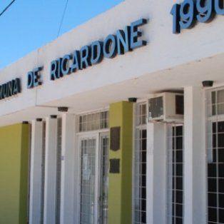 denunciaron penalmente al presidente comunal y al tesorero de un pueblo santafesino