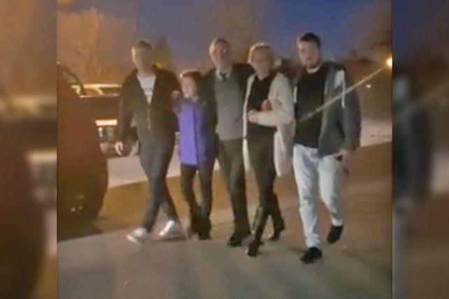 Tognoli se retira junto a su familia del Tribunal 2 de Rosario