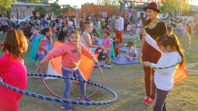 Este domingo habrá juegos, música y chocolate caliente para niños de Los Hornos