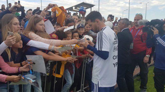 Locura por Messi y compañía