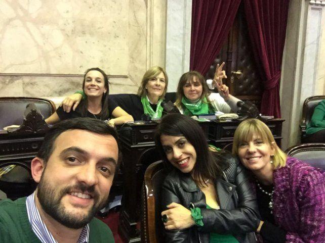 Legalización del aborto: políticos santafesinos se expresan en redes sociales