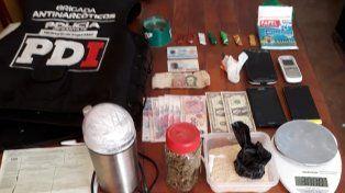 Cuatro allanamientos con dos detenidos por cocaína y marihuana en Santa Fe