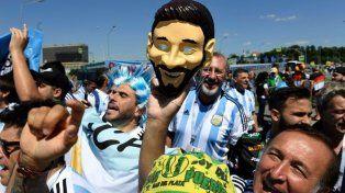 Los hinchas argentinos coparon Moscú para ver a la Selección