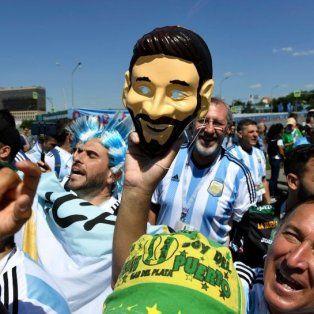 los hinchas argentinos coparon moscu para ver a la seleccion