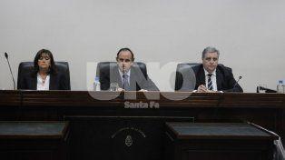 Tribunal. Los jueces Vella, Lauría y Escobar Cello presidirán el debate.