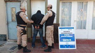 Bº Candioti Norte: detuvieron  a un hombre con 156 dosis de cocaína