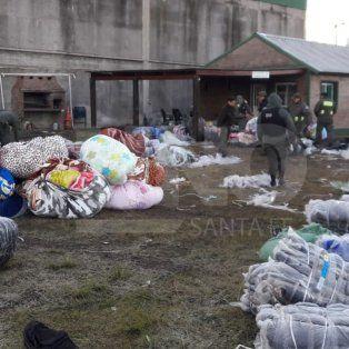 secuestraron mercaderia de contrabando por 2 millones con 450 mil pesos