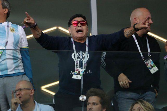 Maradona criticó a Sampaoli luego del debut de Argentina