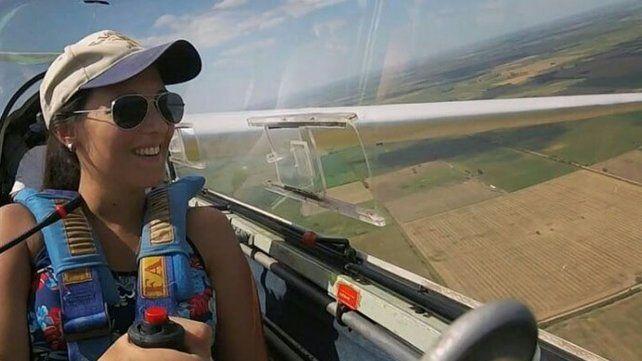 Quién era Fiorela, la joven piloto que falleció tras accidentarse en el aeródromo de Esperanza