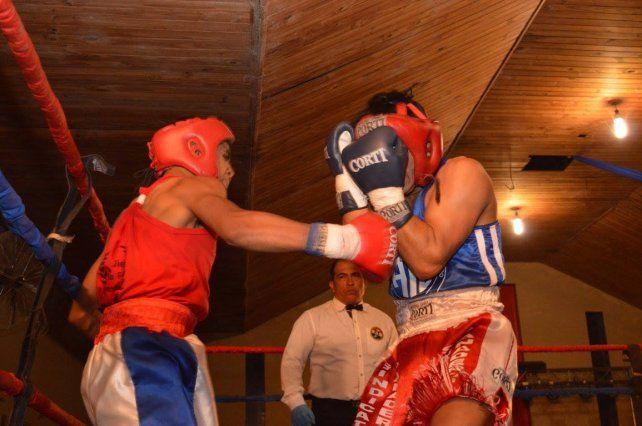 Sauce Viejo vibró con un gran festival de boxeo