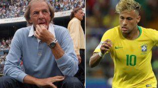 César Luis Menotti destrozó a Neymar: Me parece un futbolista caprichoso
