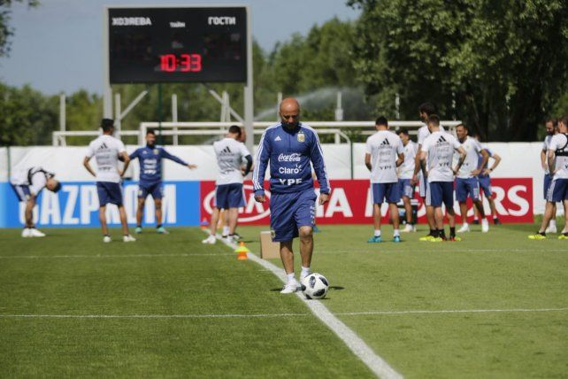 Sampaoli mantiene una duda para el duelo clave ante Croacia