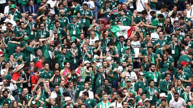 La FIFA multó a México y advierte sanciones adicionales