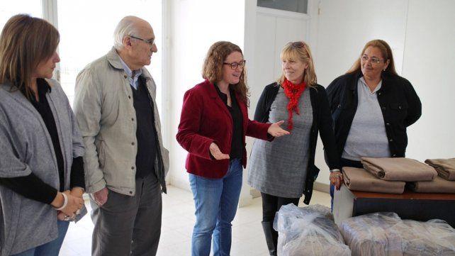 El municipio entregó frazadas al movimiento Los Sin Techo