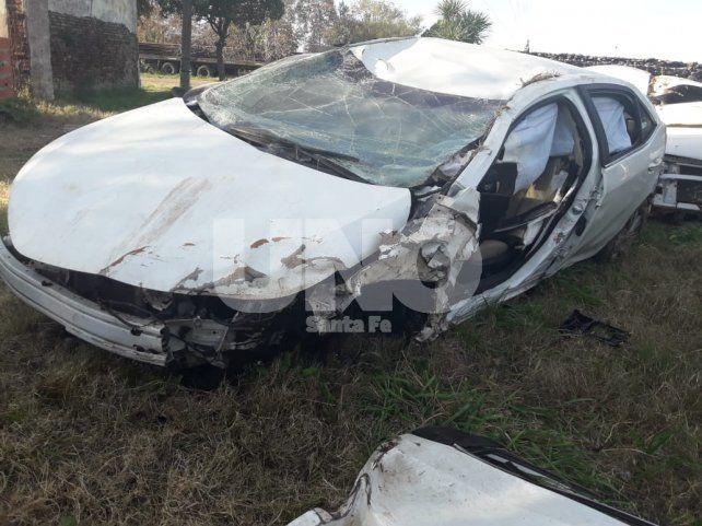 Siniestro. Así quedó el vehículo en el que circulaba el exdiputado provincial.