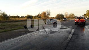 Brutal. Por razones que se investigan, los tres autos terminaron impactando.