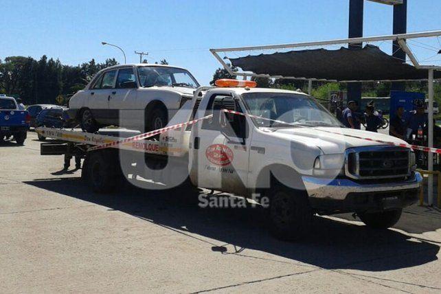 Transporte. Los traficantes buscaron llevar el auto con estupefacientes desde Villa Ocampo hasta Santa Fe pero fueron descubiertos.