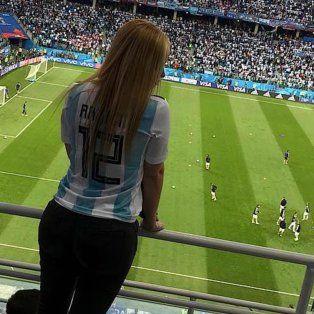 argentina-francia: el mensaje de la mujer de franco armani