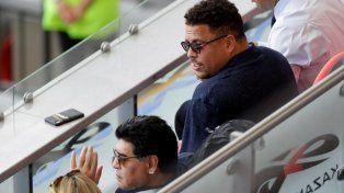 Diego Maradona se reencontró con Rocío Oliva y alentaron juntos a la Selección