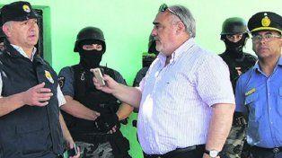Escándalo. En el operativo el gobernador pidió la detención del jefe santafesino a cargo del procedimiento, José Moyano.