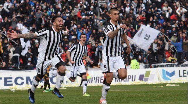 Palacios Alvarenga quiere jugar en Primera con Unión