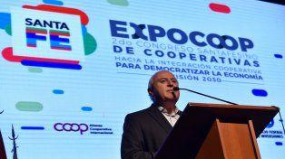 Apertura. El gobernador presidió el acto inaugural de la exposición que se hace en Rosario.