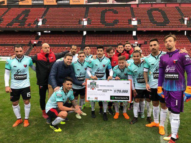 Colón aplastó a Ex Alumnos en su debut en la Copa Santa Fe 2018