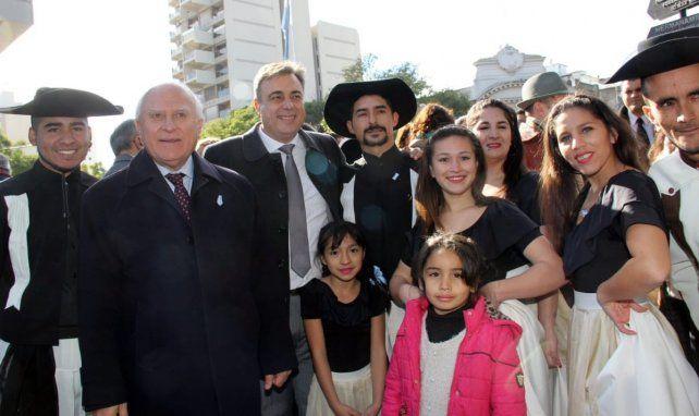 Lifschitz participó del acto central por la Independencia en Rafaela