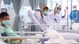 Aparecieron las primeras imágenes de los chicos rescatados en Tailandia