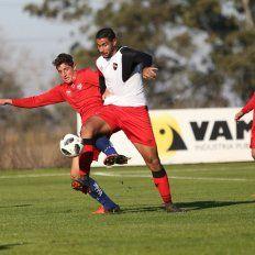 Unión y Newells empataron sin goles en Casasol