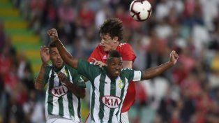El Flaco Conti tuvo su primer amistoso con Benfica