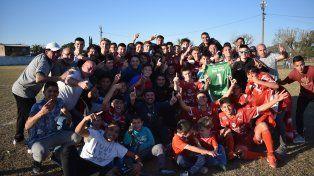 Independiente de Santo Tomé se quedó con el Apertura del ascenso